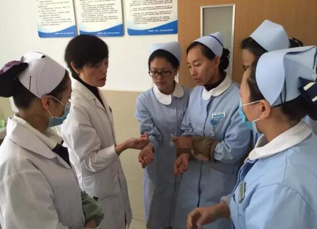 通海华康医院开展护理项目考核 持续改进护理质量